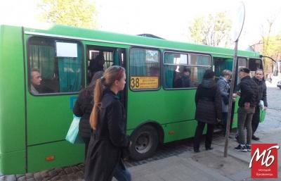 Від завтра маршрутки у Чернівцях таки поїдуть за новою схемою руху, - мерія