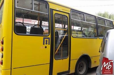 Зміни руху маршруток у Чернівцях: що відомо на цей час