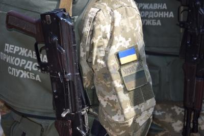 На Буковині прикордонники знову зупиняли порушників пострілами зброї