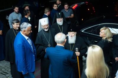 До Чернівців прибув Патріарх Філарет - фото