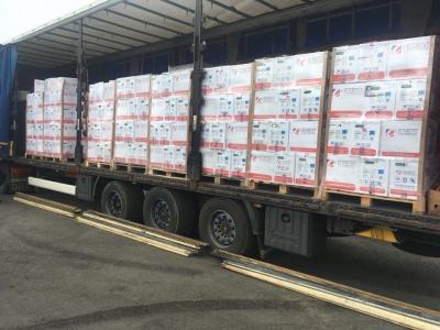 На Буковині затримали вантажівку з порошковими фарбами на суму понад мільйон гривень
