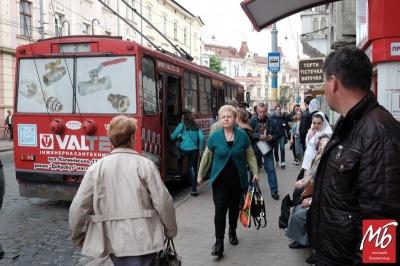 У Чернівцях тролейбусники збільшать кількість машин на маршрутах з 1 вересня