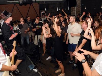 У Чернівцях культовий музичний паб відновить свою роботу у новому форматі