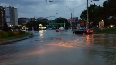 Затоплення вулиць у Чернівцях: що відомо на цей час