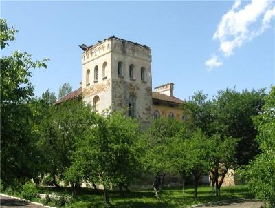 Невідома Буковина: занедбаний романтичний палац