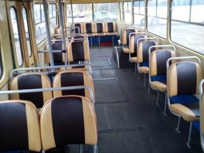 Скандал у тролейбусі: із неввічливої кондукторки зняли премію