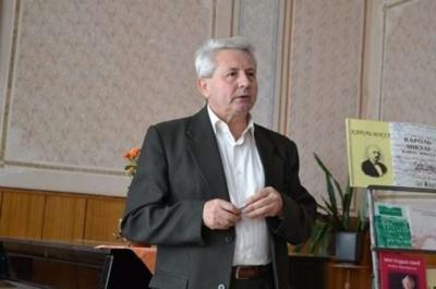 У Чернівцях помер відомий педагог-музикант