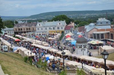 У Чернівцях у вихідні пройде «Петрівський ярмарок»: програма свята