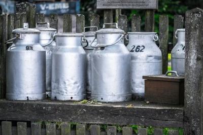 Молоко 2-го ґатунку будуть приймати ще два роки