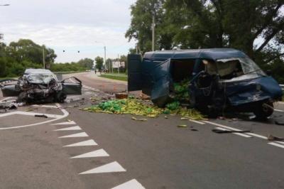 У жахливій ДТП на Чернігівщині загинули 4 осіб