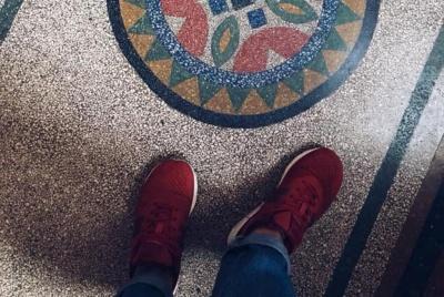 Старовинні під'їзди Чернівців: киянка показала неймовірні фото