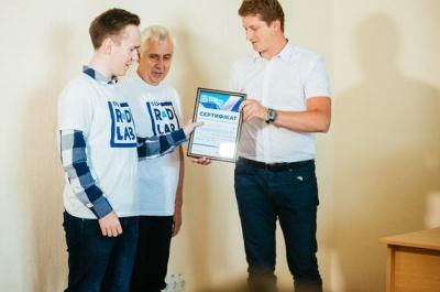Український студент отримав 500 000 грн за створення пристрою для стабілізації електричної напруги