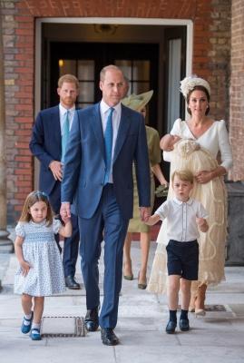 Принц Вільям і Кейт Міддлтон охрестили свого сина Луї - фото