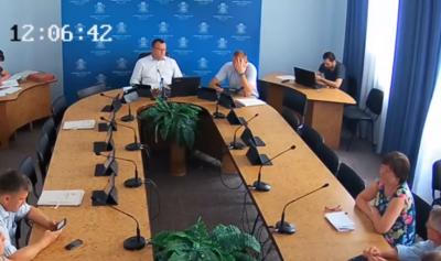 У Чернівцях виконком не зібрався на засідання через відсутність кворуму