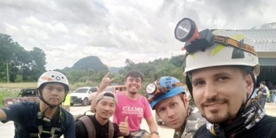 Екс-чернівчанин рятував дітей у печері в Таїланді: що відомо про нього