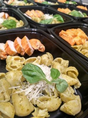 «Можна і їсти, і худнути»: чернівчанка розробила п'ятиразову дієту здорового харчування