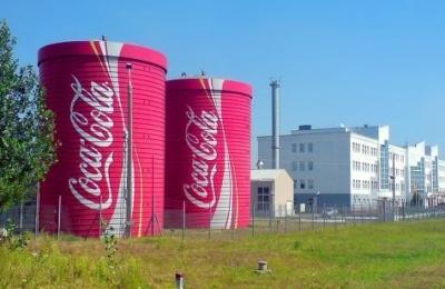 Coca-Cola та Carlsberg заявили про загрозу зупинки виробництва через дефіцит хлору в Україні