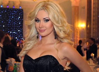 Співачка з Чернівців зіткнулась із «не дуже здоровою» фанаткою, що видає себе за далеку родичку