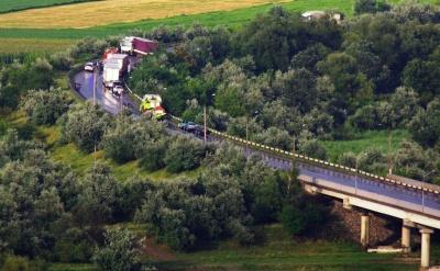 Масштабна ДТП на об'їзній: поліція відновила рух транспорту при в'їзді в Чернівці