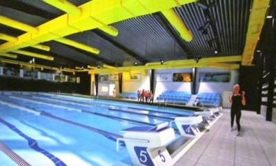 Реконструкція єдиного шкільного басейну в Чернівцях знову гальмується