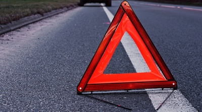 У Чернівцях двоє осіб травмувалися внаслідок ДТП з фургоном і легковиком