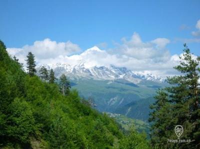У горах Грузії загубилися двоє українських туристів