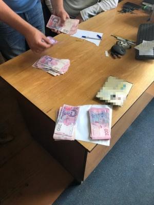 Хабар на водоканалі: СБУ повідомила подробиці слідчих дій у Чернівцях