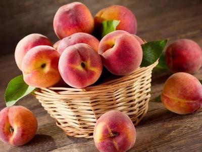 Чим корисні та шкідливі персики: цікаві факти