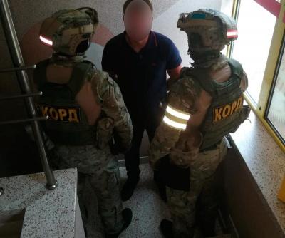 Вимагав два роки грошей: у Чернівцях поліція затримала «липового» податківця