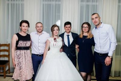 Об'єднала колядка: кохання пари з Буковини не змогла роз'єднати війна