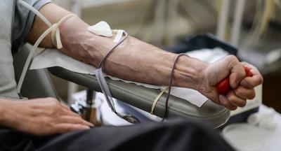 Донор-рекордсмен: лікар-анестезіолог з Буковини здав понад 50 літрів крові