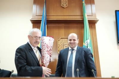 Чернівецька облрада підняла Мунтяну зарплату майже до 50 тис грн
