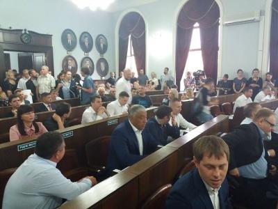 У Чернівцях позачергова сесія міської ради тривала п'ять хвилин