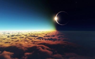 Найдовше місячне затемнення в столітті: коли його побачать в Україні