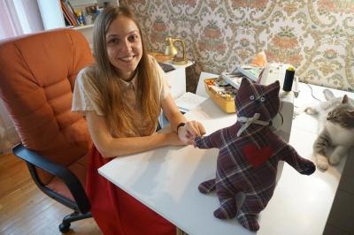 Історія успіху. Як студентка з Чернівців стала популярною завдяки іграшкам м'яких котиків