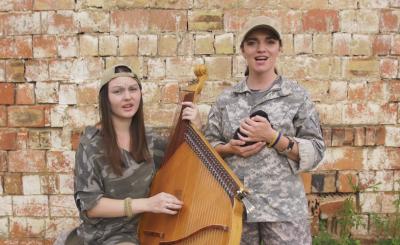 У Чернівцях дует «Тарнавка» презентував кліп на пісню «Дони Кіхоти» - відео