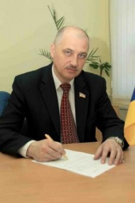 Не Каспруком єдиним: кого з мерів українських міст депутати відправляли у відставку
