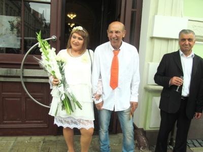 «Приїхали додому, щоб вдруге одружитись»: легенда футболу приїхав до Чернівців на своє золоте весілля