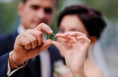 Одружені «за добу» розлучаються менше