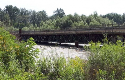 Міст через Прут вже відремонтували і відновили рух