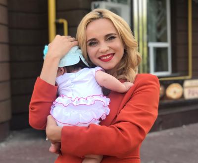 На зйомки - з немовлям: чернівчанка Лілія Ребрик розповіла про участь у новому міні-серіалі