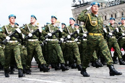 «Слава Україні» стане офіційним військовим вітанням ЗСУ – Порошенко