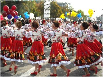 В селі на Буковині спробують встановити рекорд із наймасовішого танцю