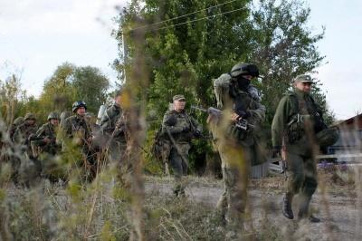 РФ відправила ще понад 2 тисячі військових на Донбас - розвідка