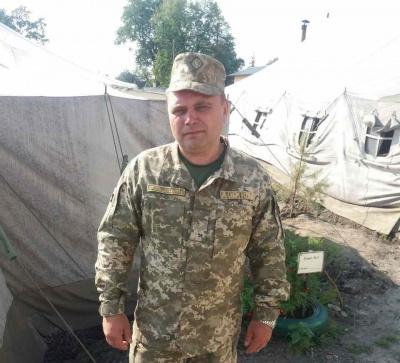 Проміняв кабінет на польові умови: староста села на Буковині у своїх 49 пішов служити в армію