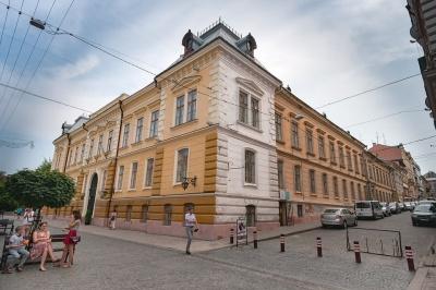 Вулиця в Чернівцях увійшла у топ найкрасивіших пішохідних вулиць України