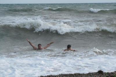 Під час шторму на Херсонщині втопилися троє відпочивальників, - ЗМІ