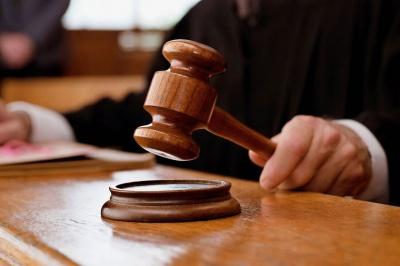 На Буковині засудили чоловіка, який хотів дати хабара прикордоннику