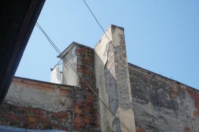 Їдкий дим охопив кухню: у будинку в центрі Чернівців задимівся димар