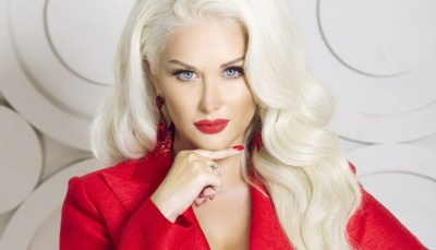 Катя Бужинська сьогодні святкує свій день народження: 10 цікавих фактів про співачку з Чернівців
